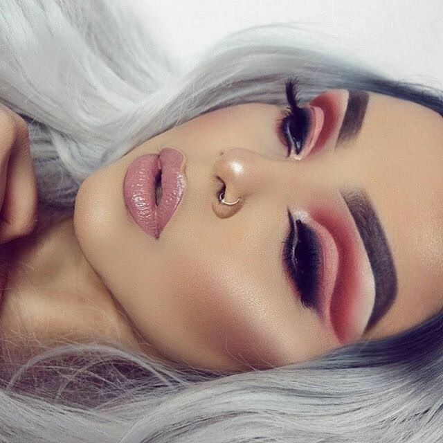 Pretty makeup ideas