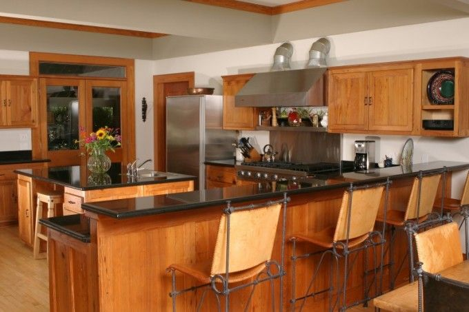 mission style kitchen cabinets | Photo: Mission Style ...