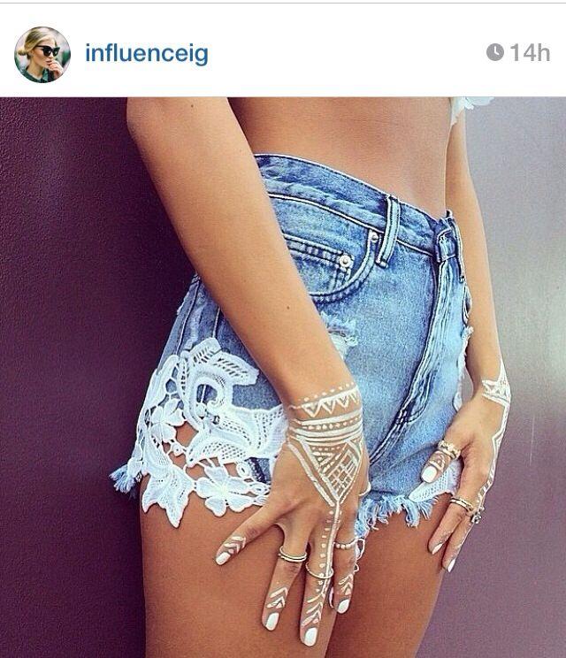 Loving these shorts. Feminine, but sexy