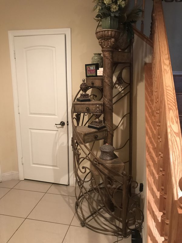 Offerup Las Vegas >> Antique Cascading Staircase For Sale In North Las Vegas Nv