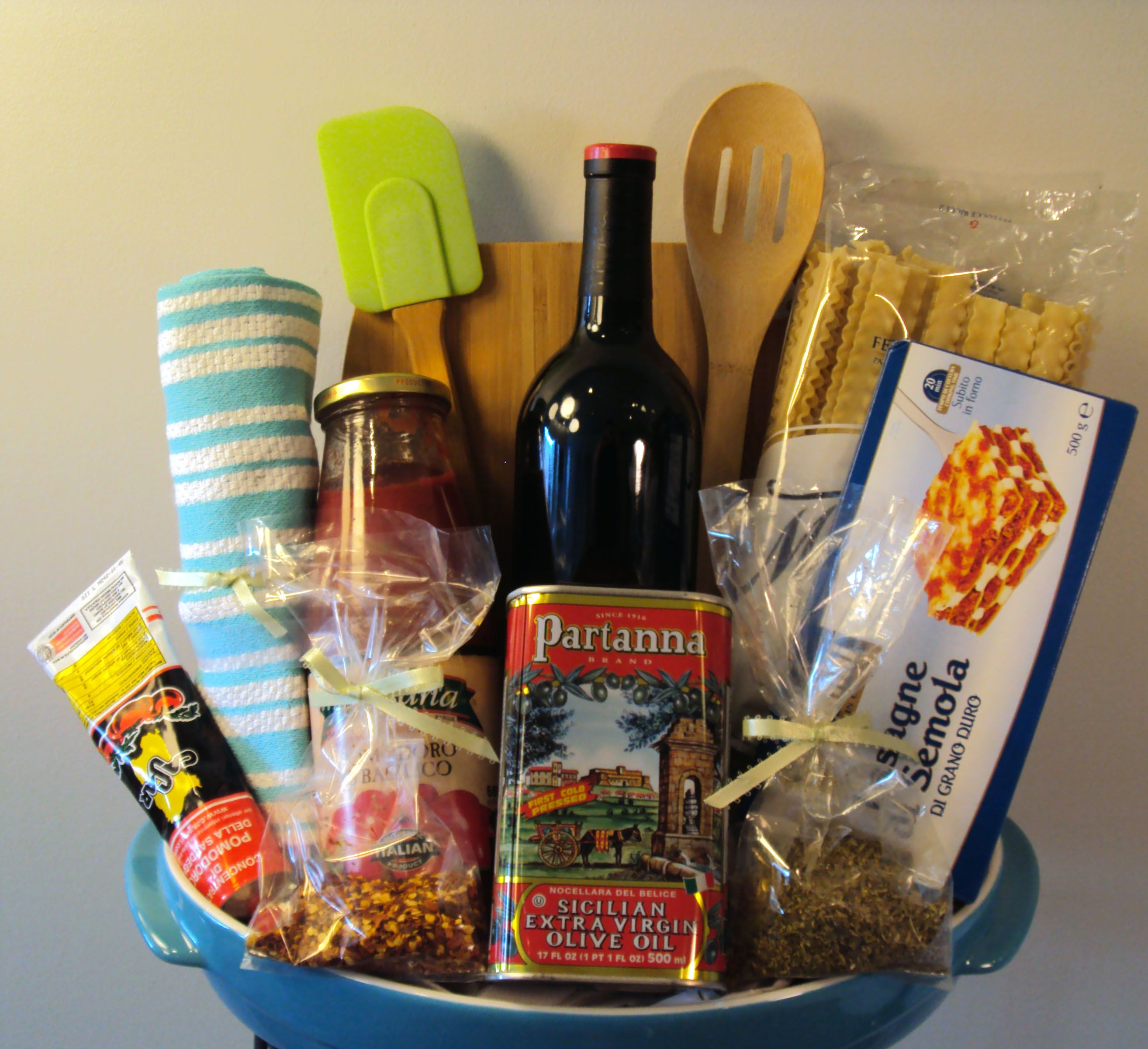 lasagna dinner specialty gift basket 119 this basket includes a