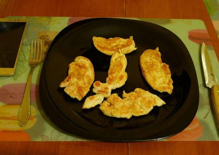 Сочная отбивная из куриного филе по-простецки | Куриное ...