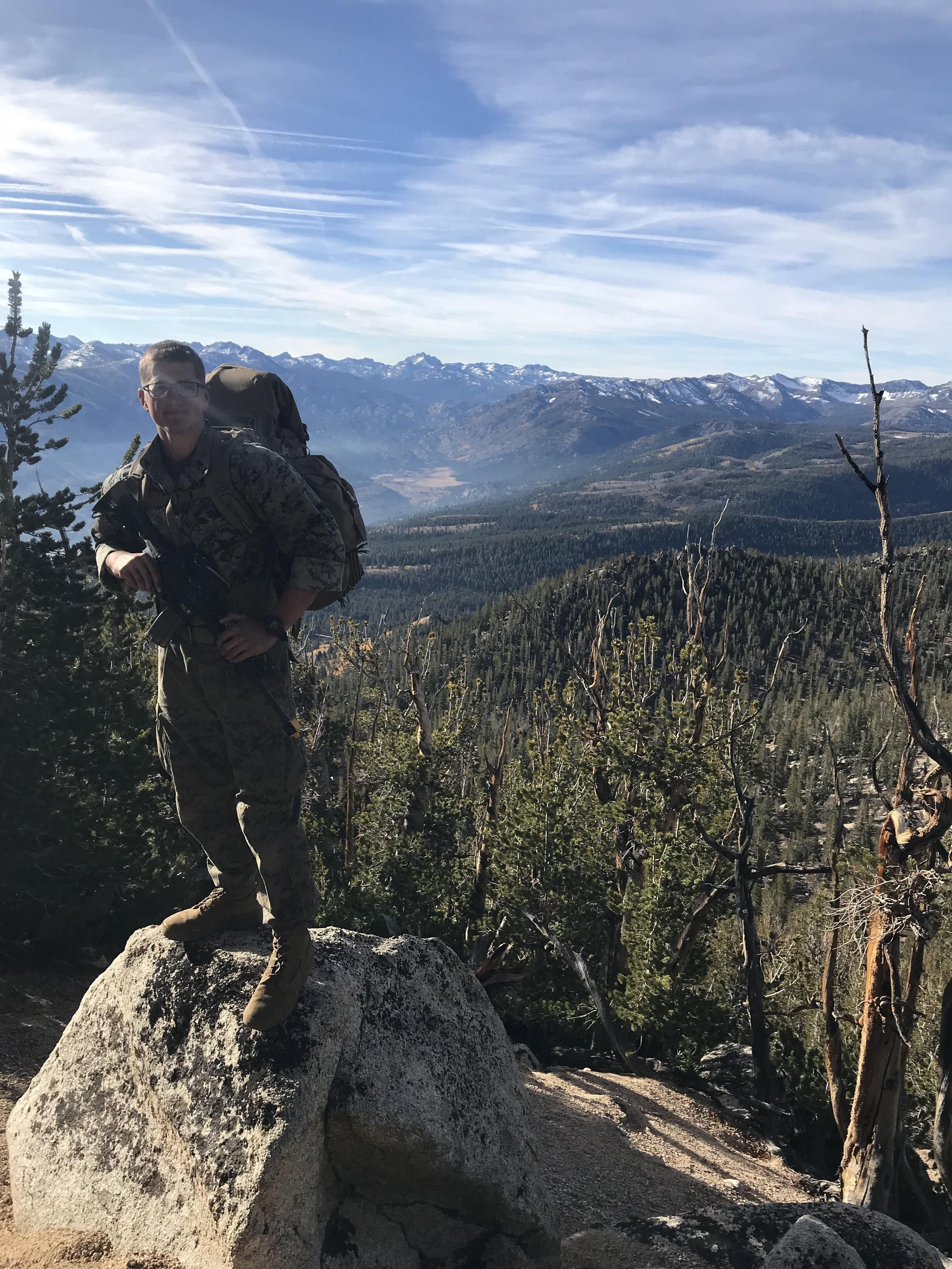 Amazing View After A 6hr Hike In The Sierra Nevada Mountain Range Hiking Camping Outdoors Nature Travel Back Sierra Nevada Mountains Sierra Nevada Hiking