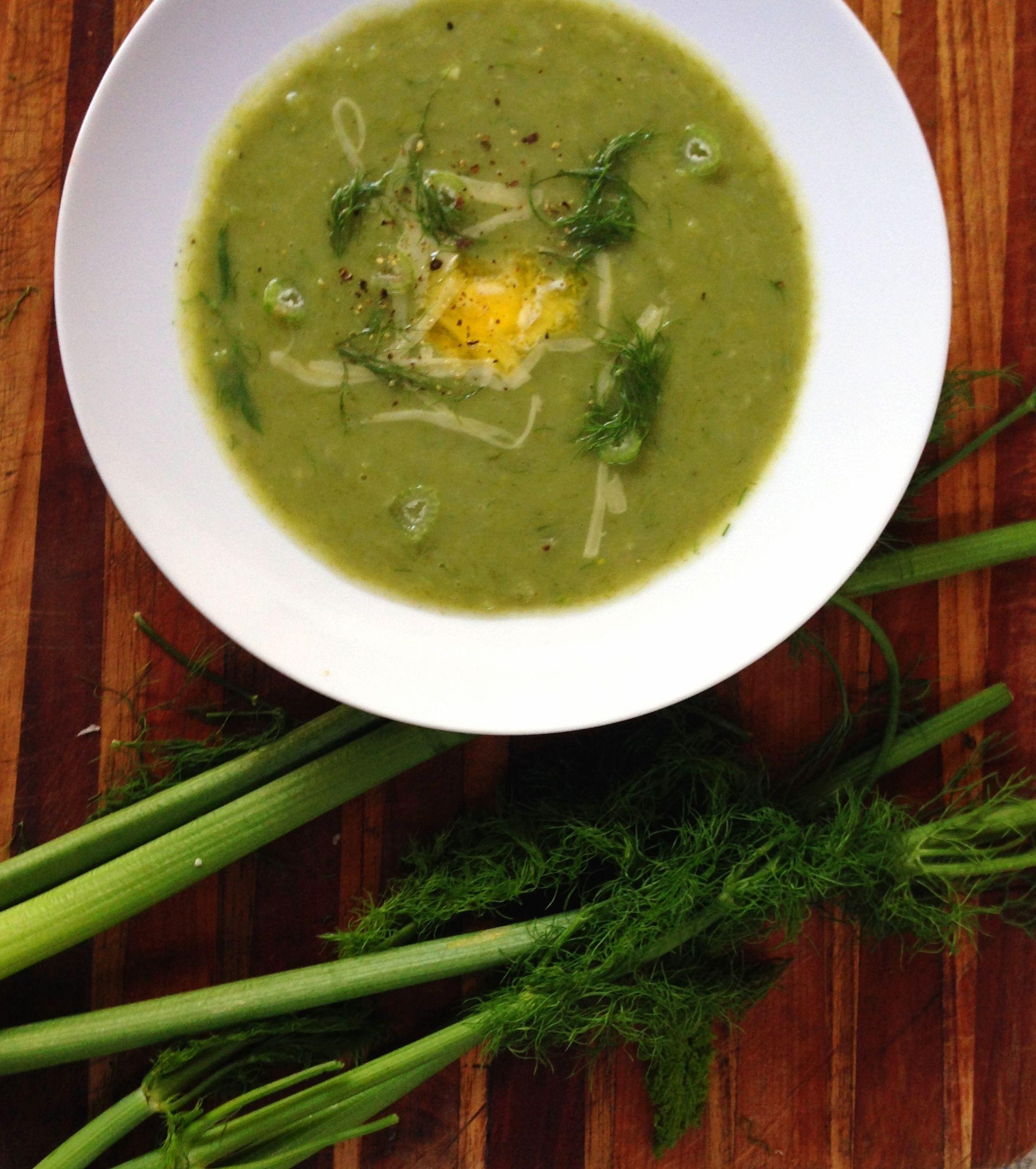 Potato, Leek & Fennel SoupAmanda Keats http://www.looksgoodtastesgood.com/home/2016/7/12/potato-leek-fennel-soup