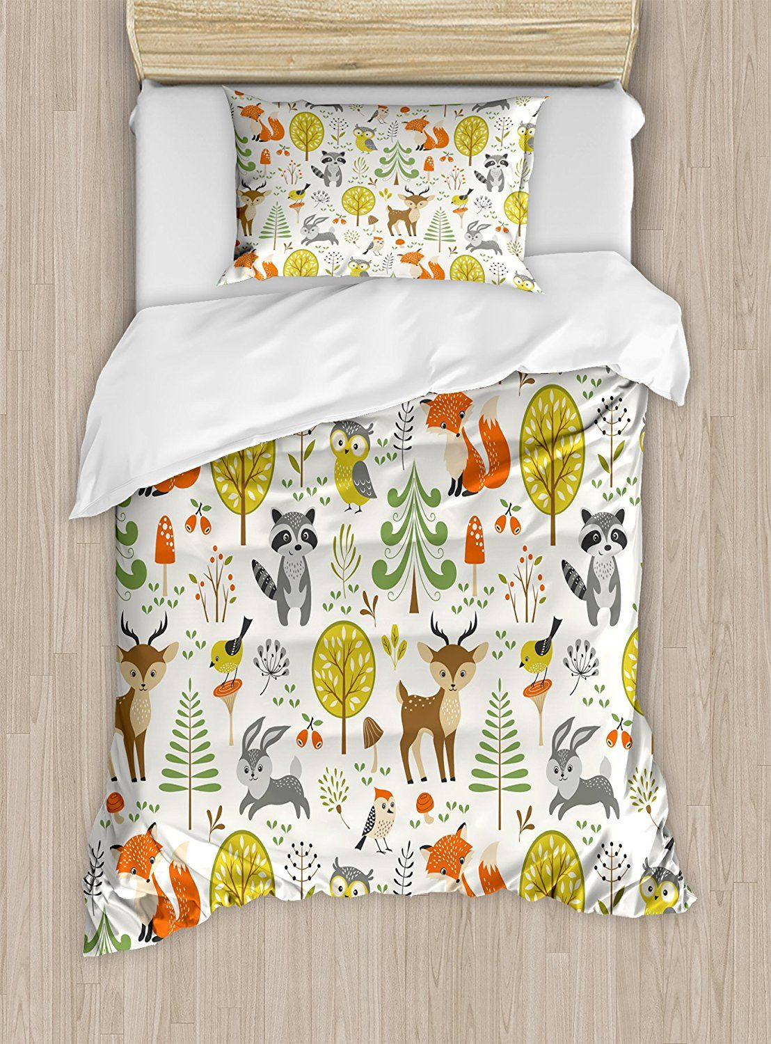 Elora S New Bed Love This Woodland Theme Kids Duvet