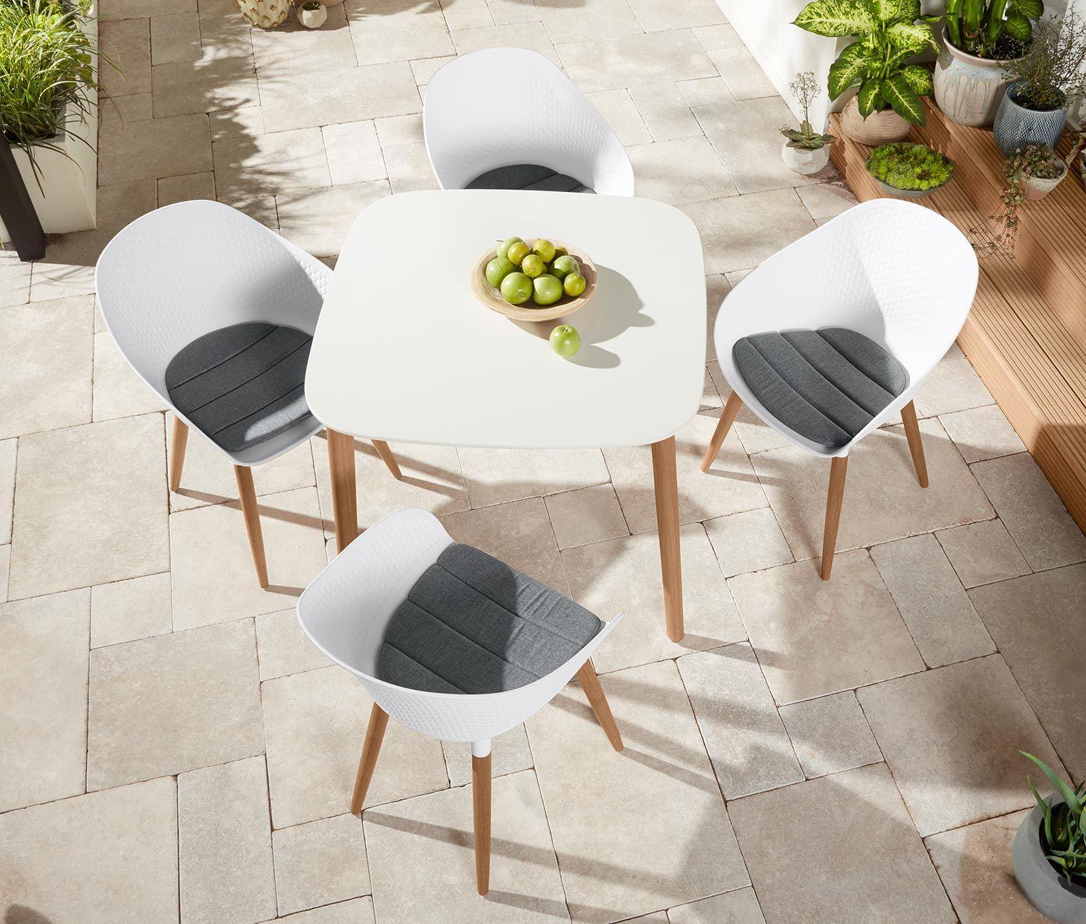 Kulteri Asztal Fa Labakkal Feher Gartentisch Stuhle Und