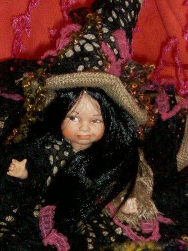 Streghetta del bosco eseguita da ello bambole venduta