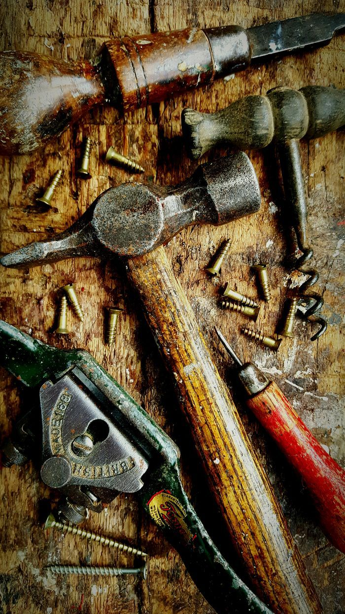 Vintage carpentry tools. Tools Carpentry Carpenter Wood Working Hammer Screws Screwdriver Daytime No People Close-up Home Is Where The Art Is Handmade Woodwork