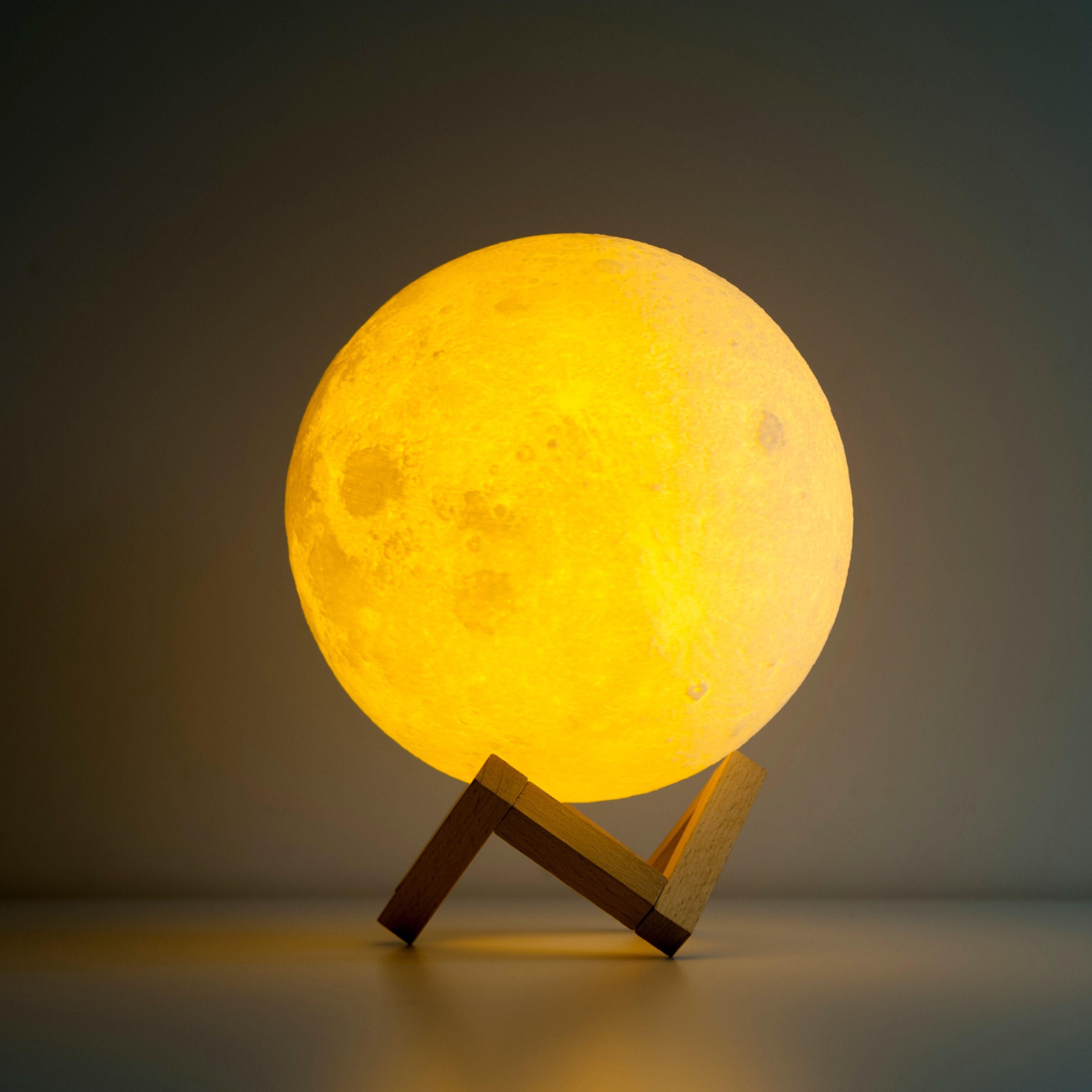 Mond Lampe Bild   Inredning