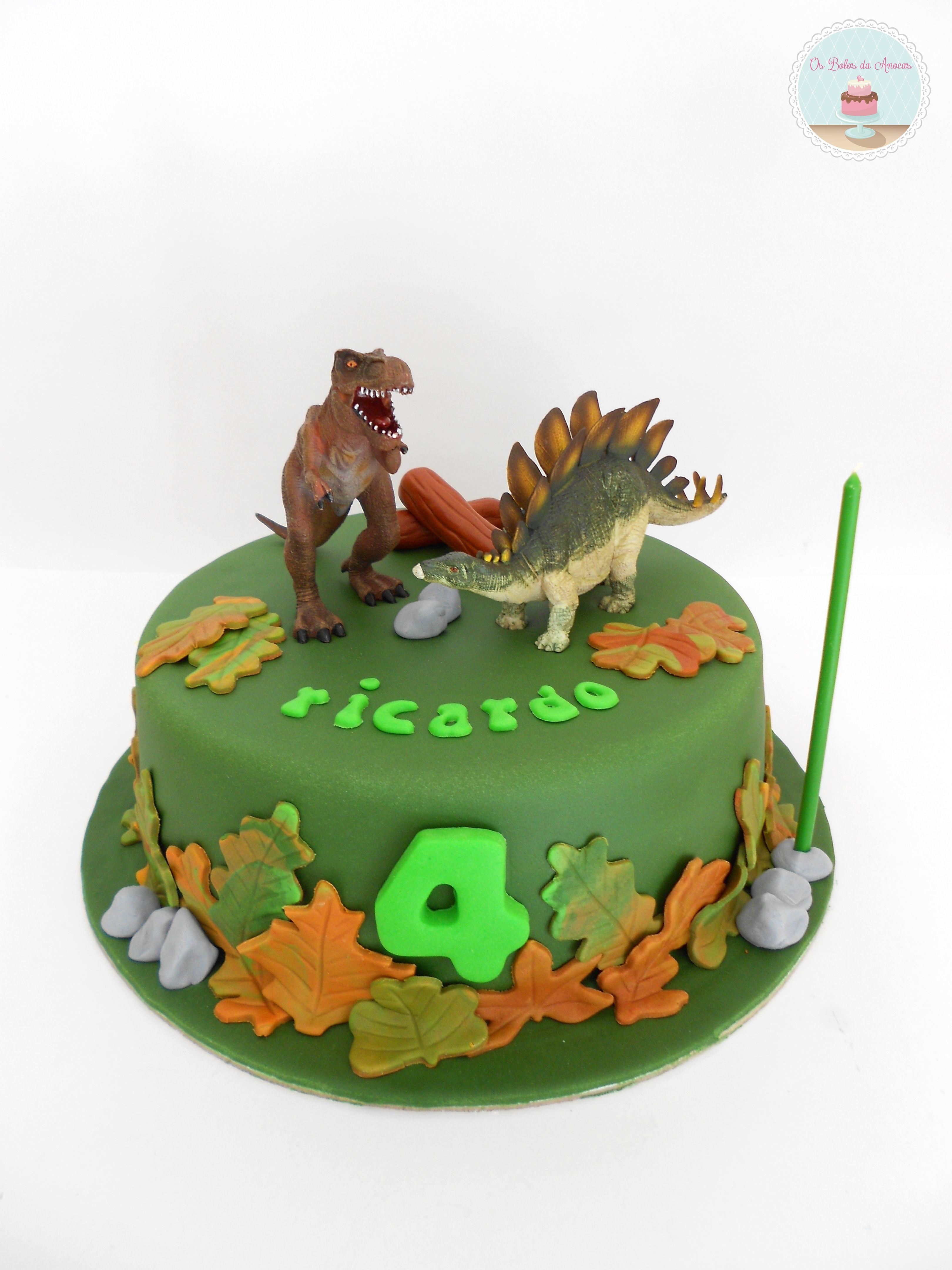Bolo Dinossauros * Dinosaur Cake