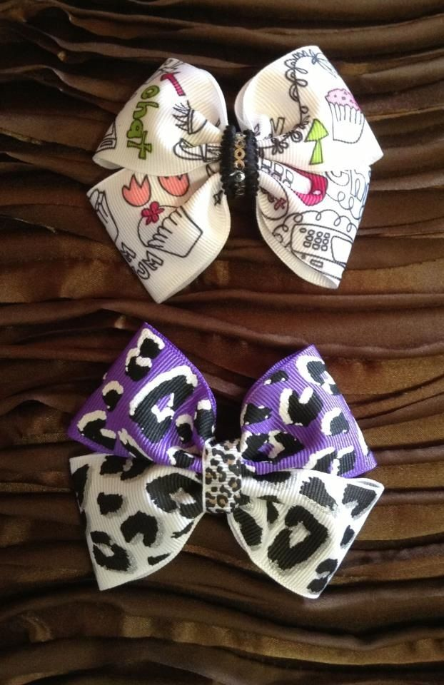 Custom Flat hair bow, not too big nor too small! Just Perfect for all occasion!