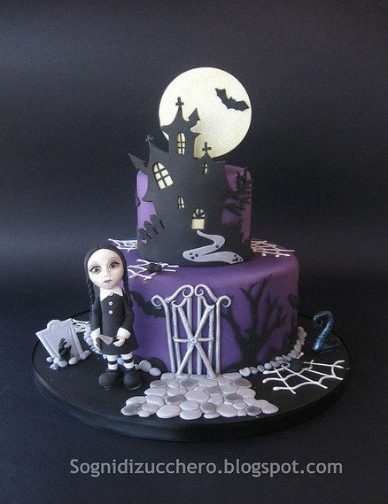 horror birthday cake by SogniDiZucchero CakesDecorcom cake