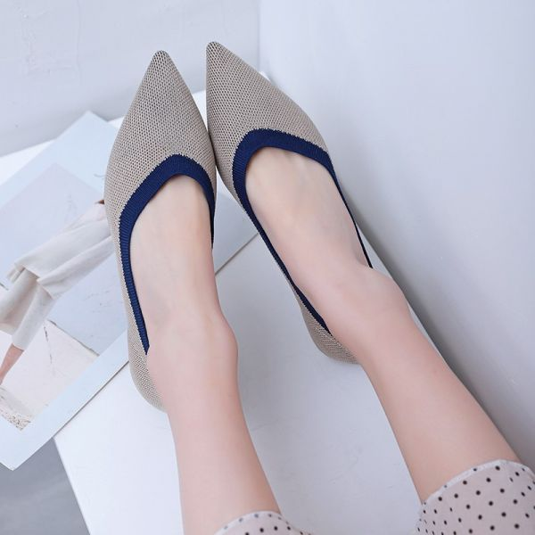 Grey Knit Pointed Toe Flat