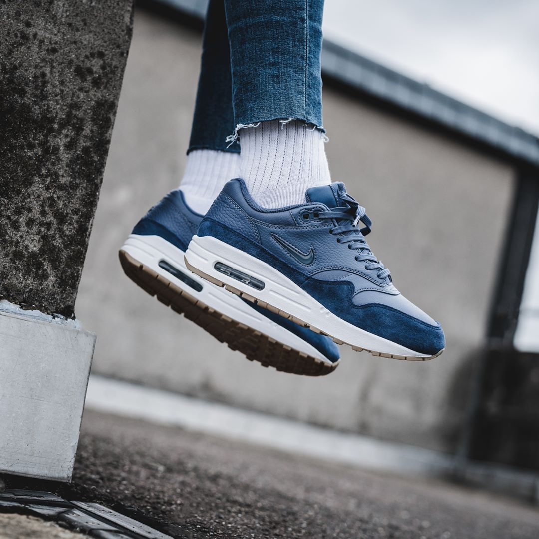 a83da030f7 Nike Air Max 1 Premium SC Diffused Blue / Navy | Zapatos! | Nike air ...