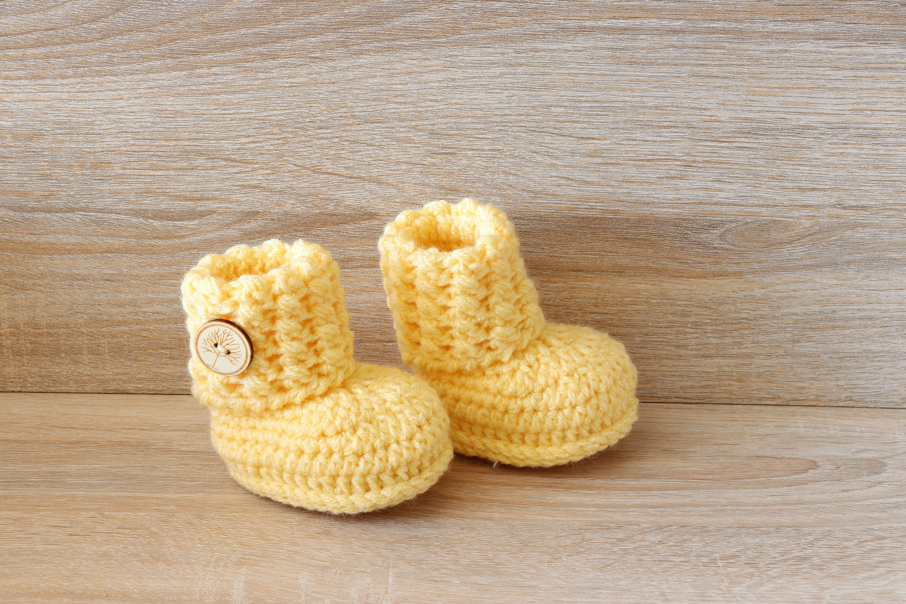 knitted baby clothes winter baby boots Navy blue Faux fur baby booties with sole Newborn baby shoes
