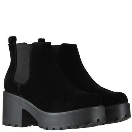 b2fe12b5c Winter go-to black boots for outfits - wishlist - €34.99 Korkys.ie   korkysshoes  korkys  blackboots  fauxsuede  korky s  boots  winterboots