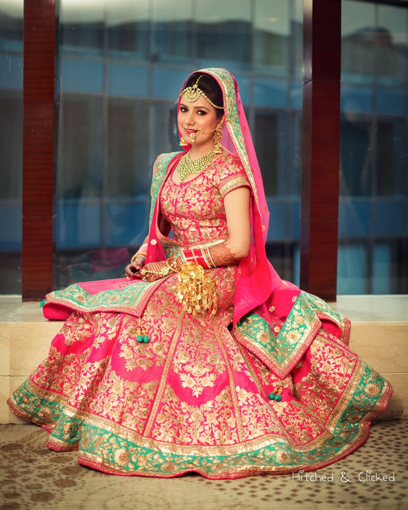 pink silk and mint green bridal lehenga | Leere und Söhne