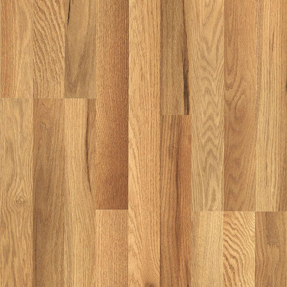 Is Wood Floor Laminated A Good Alternative To Traditional Techniques In 2020 Oak Laminate Flooring Oak Laminate Pergo Flooring