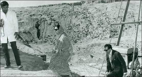 Image result for indira gandhi at pokhran