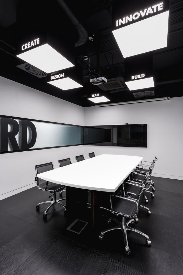 Conference Room Design Ideas: Office Tour: RD Construction Offices – Moscow