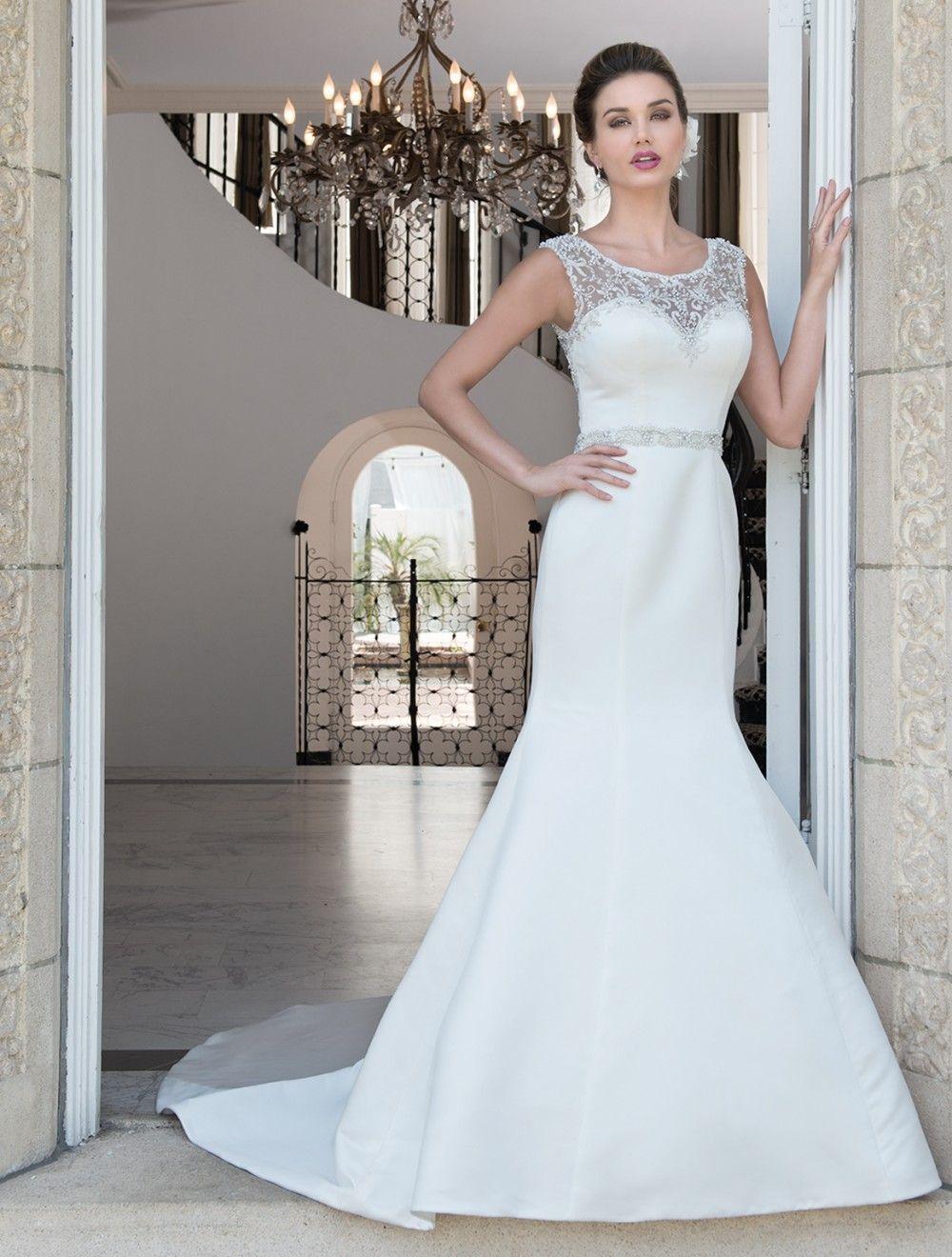 Your New Favourite Irish Bridal Boutique Smart Brides Onefabday Com Ireland Curvy Wedding Dress Chic Wedding Dresses Wedding Dresses [ 1500 x 1000 Pixel ]