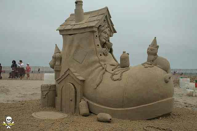 the old lady who lived in a shoe?