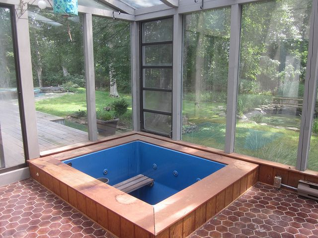 Hot Tub On Enclosed Porch Google Search With Images Screened