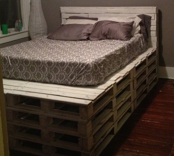 Queen Size Pallet Bed Frame With Headboard By Containerization Wood Pallet Bed Frame Wood Pallet Beds Pallet Bed Frames