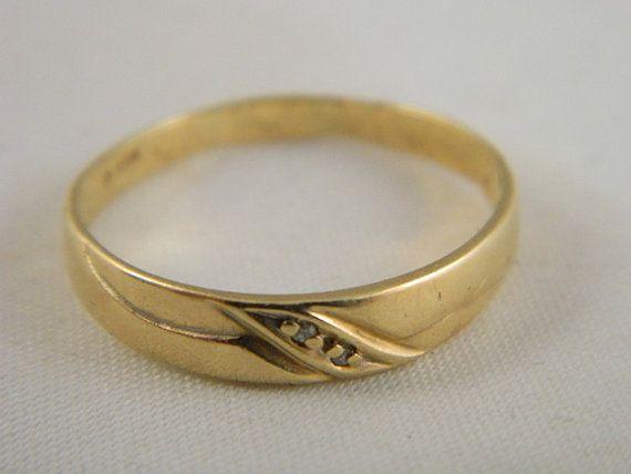 Vintage 10k Yellow Gold Wedding Band Diamond Ring Yellow Gold