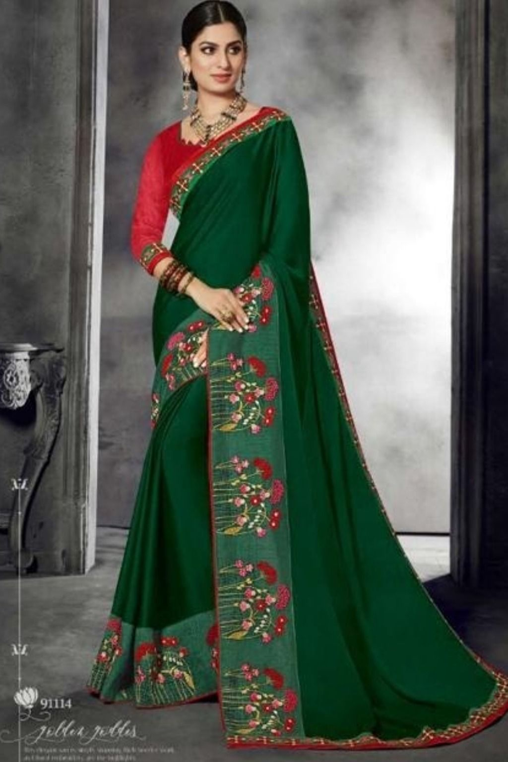 2fb127d391 Green And Maroon Designer saree With blouse #Blouse #Styles #Hot #Satin #
