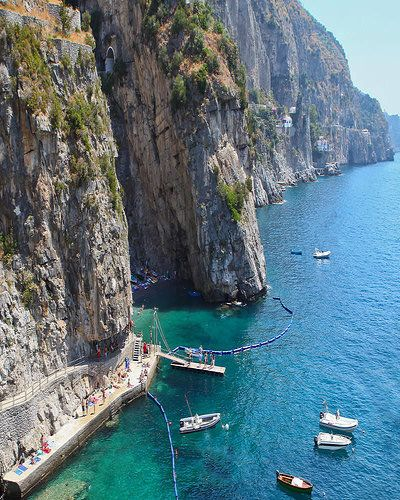 Italy Beach Resorts Amazing Facts Are You Fond Of And Holidays Diffe Kindsbeach Scenesamalfi Coast