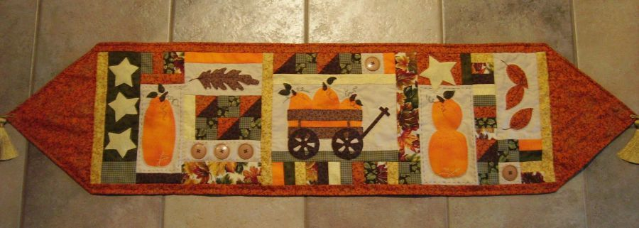 Table Runner Quilt Pattern Christmas Free Patterns