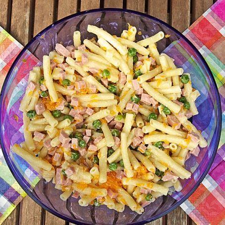 Rezept für NUDELSALAT wie von OMA mit Mandarinen, Fleischwurst und Käsestückchen