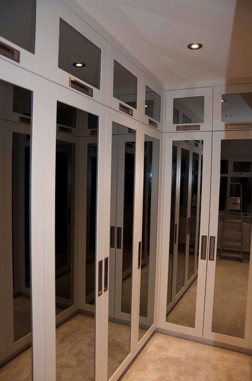 #UrbanWardrobes #London #walkinwardrobe #decor #interior #interiors #interiordesign #design #handcrafted #homeliving #handmade #furnituredecor #decoration #homeinterior #homestyle #furniture #atmosphere #home #house #amazing #awesome #inspiration #modern #luxury #contemporary #christmas