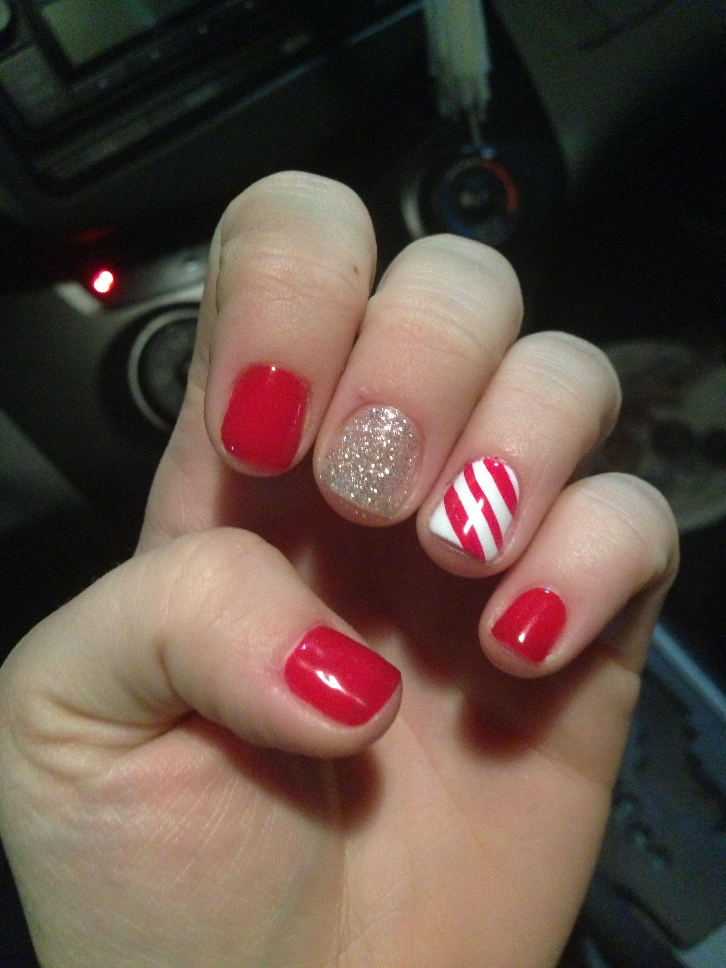 christmas shellac nails