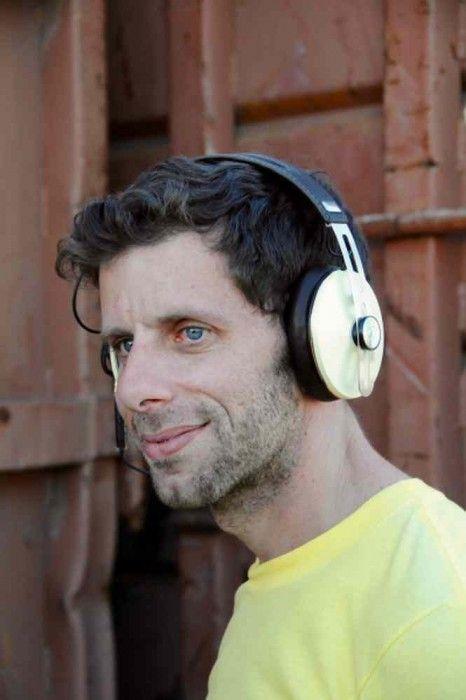 The Sennheiser Momentum Around Ear Wireless Headphones With Active Noise Cancelation With Closed Circumaural Headph Sennheiser Sennheiser Headphones Headphones