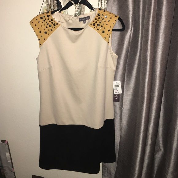 NWT studded color-blocked dress NWT studded color-blocked dress. Shift dress. Thick material, would be good for winter Luxology Dresses