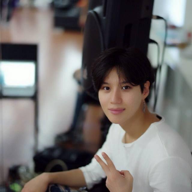 150221 Jonghyun, Taemin - Shim Jaewon's Instagram Update