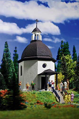 Manufacturer: Vollmer Art.-No. 41290 EAN: 4026602412900 Gauge G Dimensions (LxWxH): 500 x 370 x 700 mm Silent Night Memorial Chapel It is manufactured of weather- and UV-resistant plastic material. Th...