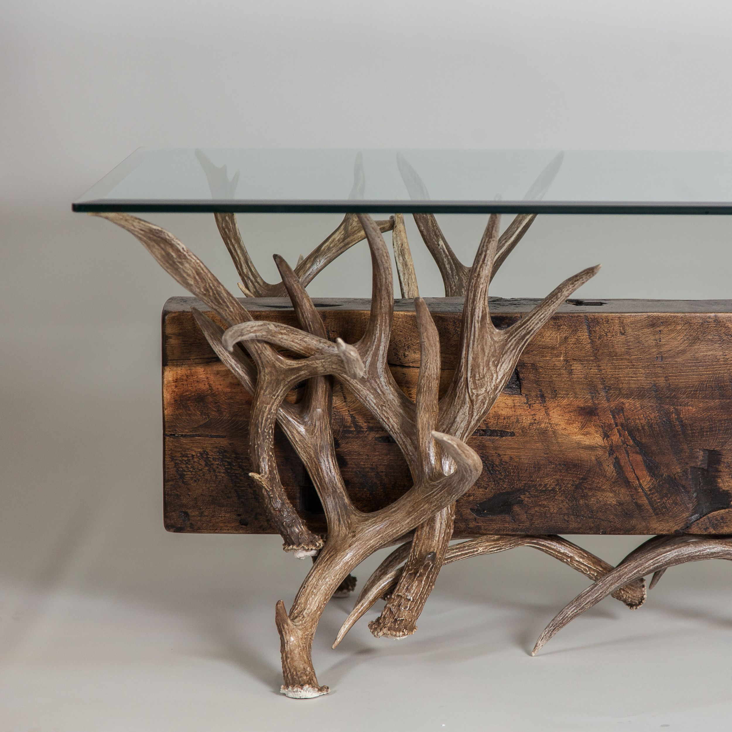 Antler Cocktail Table With Reclaimed Wood Mit Bildern Tisch