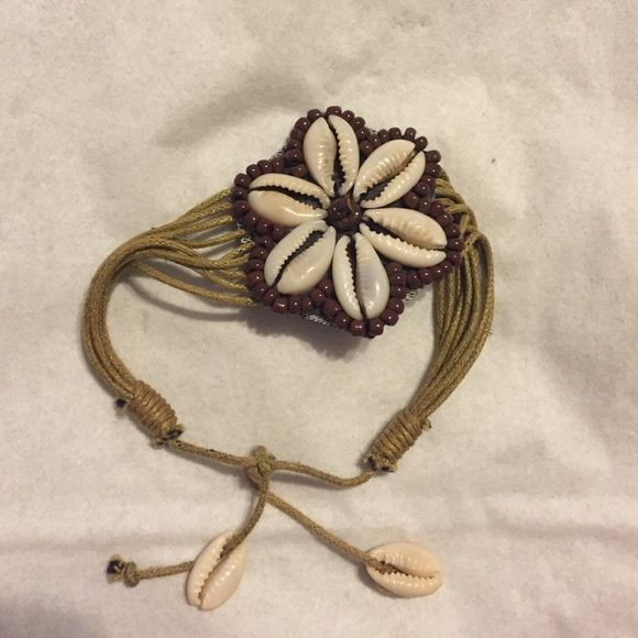 Seashell handmade bracelet Perfect condition, never worn-not by fp Free People Jewelry Bracelets