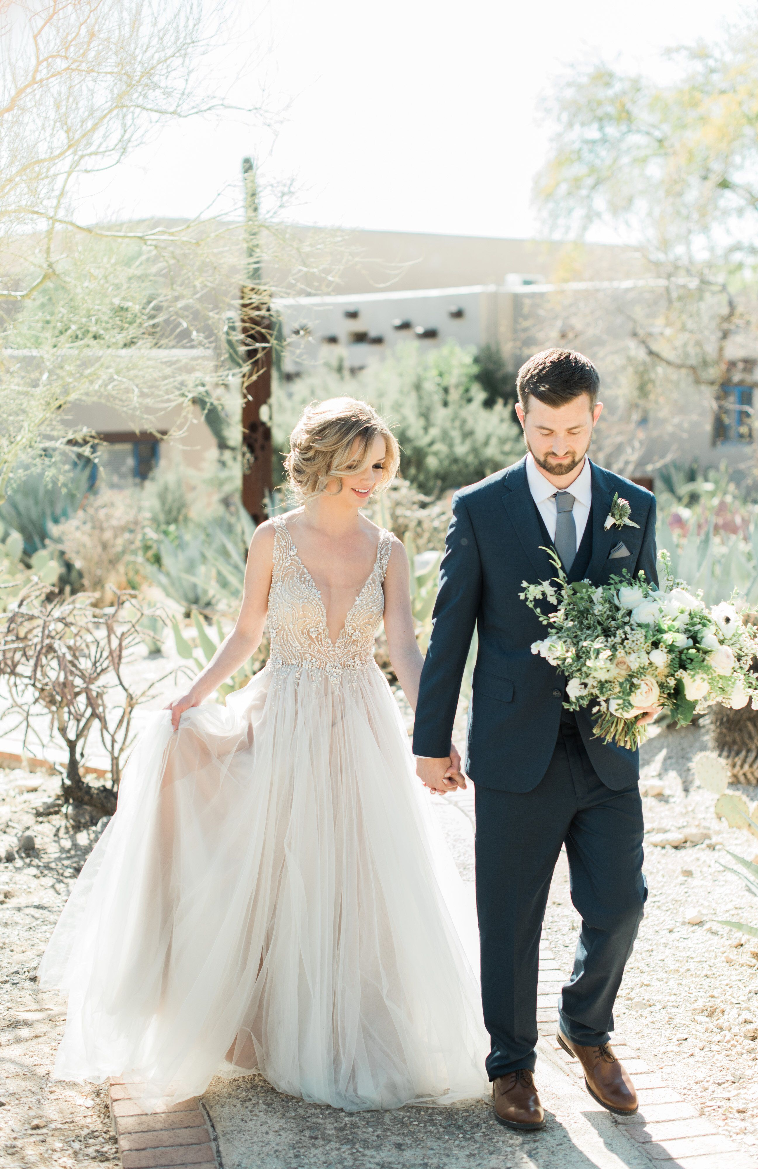 5343ebab5f Desert Garden Wedding/ Hacienda Del Sol #Weddinginspiration ...