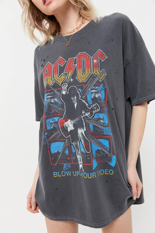 Ac Dc Distressed T Shirt Dress In 2020 Distressed T Shirt Dress T Shirt Dress Vintage Shirts