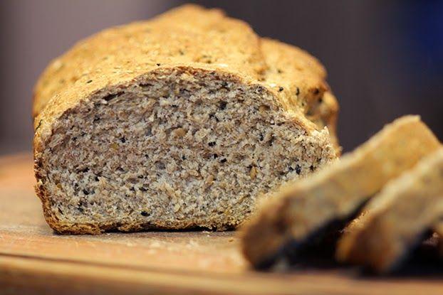 Mel e Pimenta: Pão integral com cereais