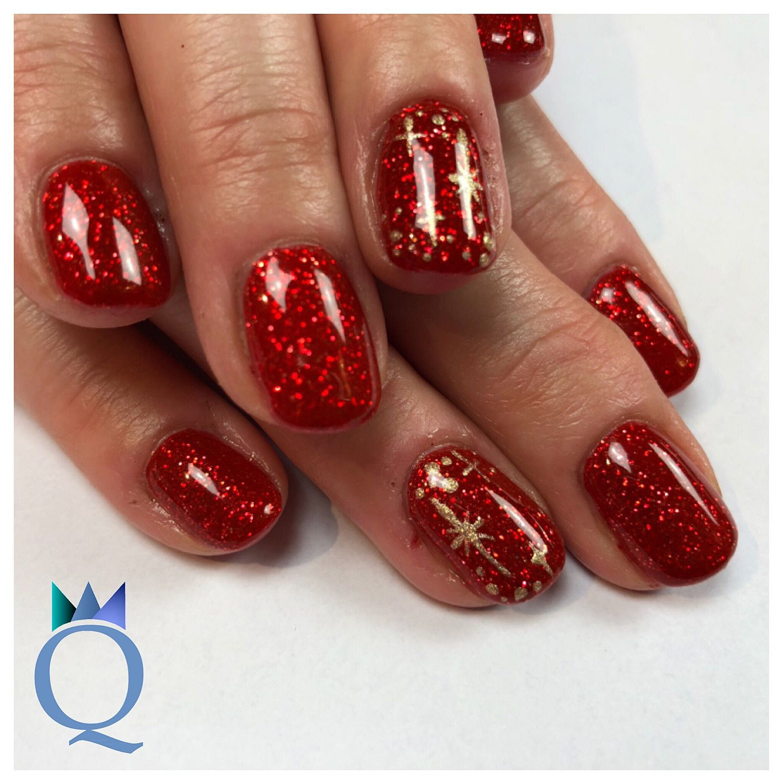 shortnails #gelnails #nails #red #glitter #christmasnails #gold ...