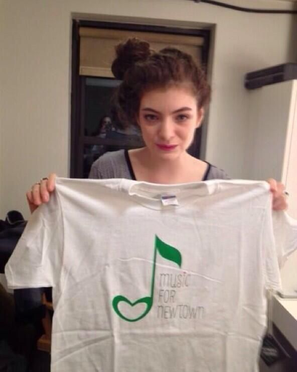 Lorde with Newtown t-shirt