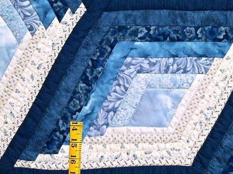 Diamond Star Log Cabin Quilt Pattern Free Diamond Log Cabin Tree Skirt Quilt  Pattern Diamond Log Cabin Quilt Pattern Blue And Cream Diamond Star Lou2026