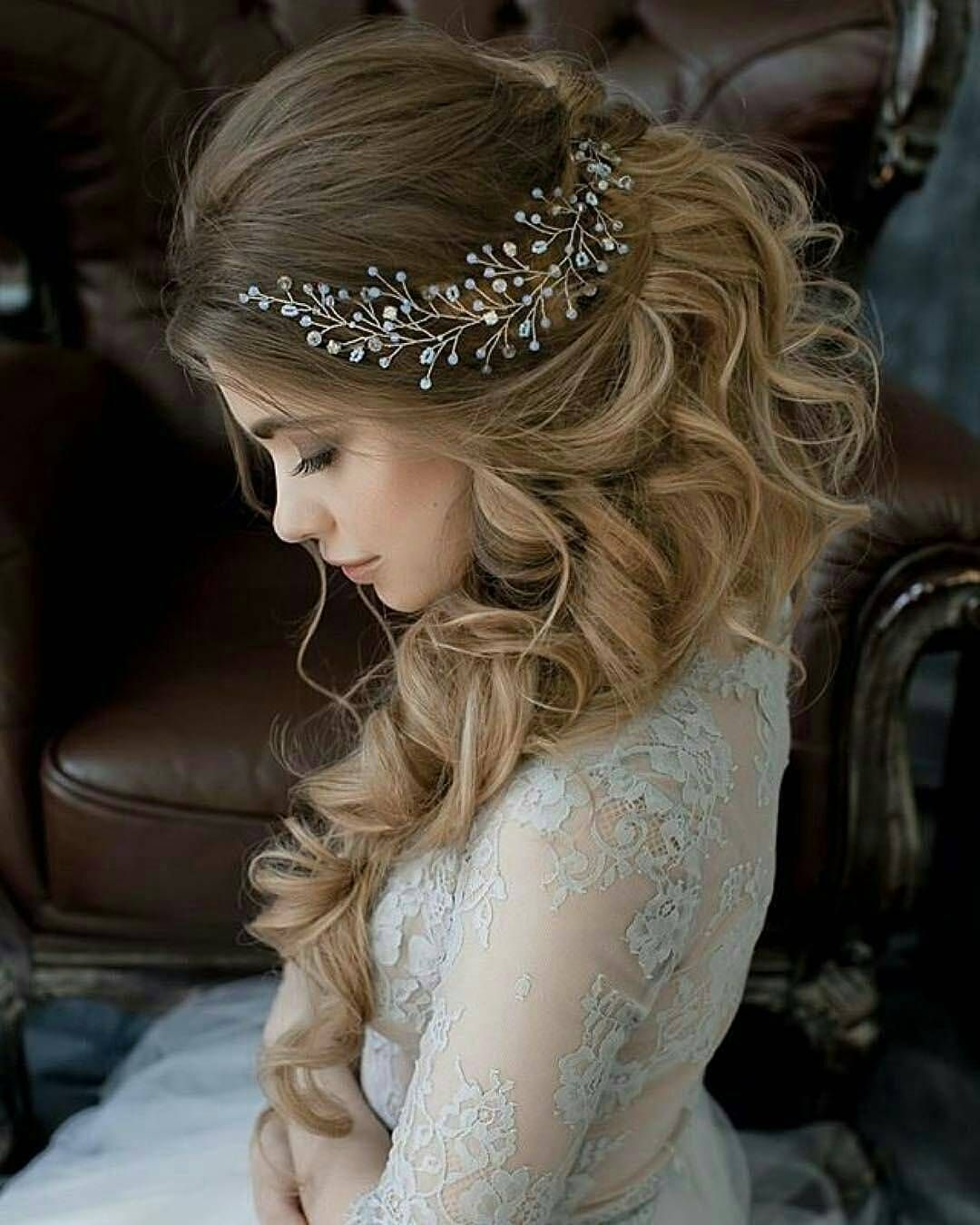 23 Romantic Wedding Hairstyles For Long Hair: 10 Lavish Wedding Hairstyles For Long Hair