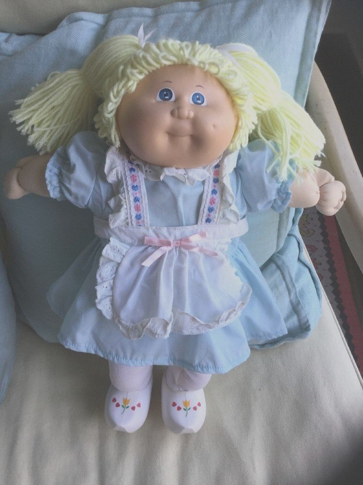 Vtg 1988 Coleco Cabbage Patch Doll Red Pig Tails Blue Eyes Girl Birthcertificate Ebay Cabbage Patch Kids Clothes Cabbage Patch Kids Dolls Cabbage Patch Dolls