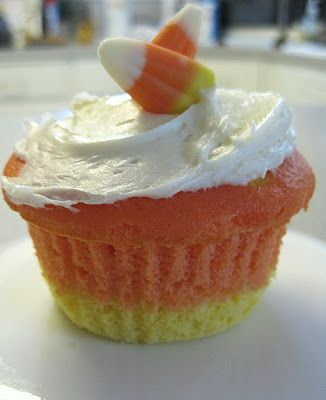 Simple Halloween Cupcakes Foods To Try Pinterest White cake - how to decorate cupcakes for halloween